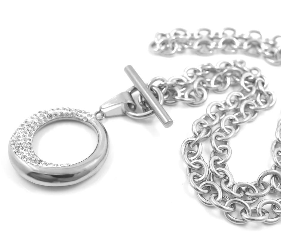 Biżuteria ze stali chirurgicznej jest dla Ciebie